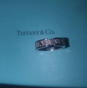 TIFFANY & CO ATLAS RING
